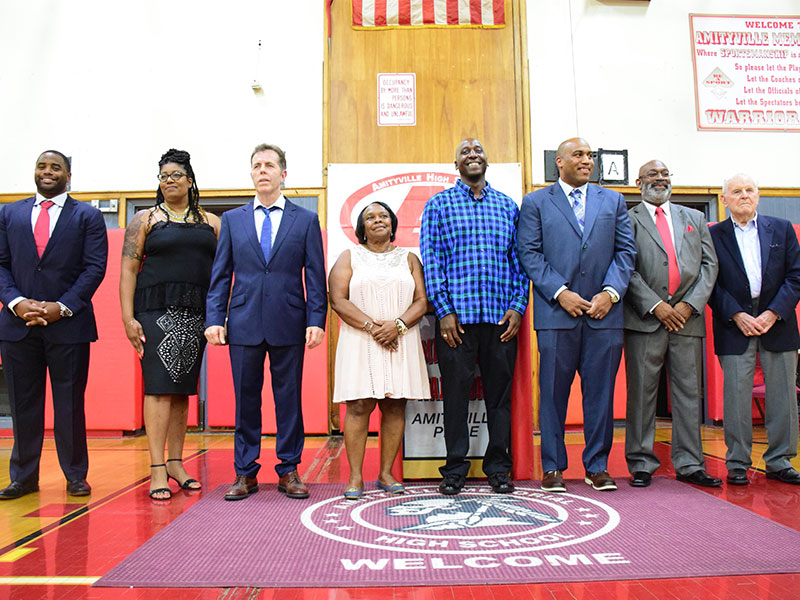 Amityville Honors its Athletic Legends