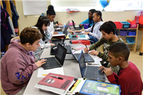 Chromebooks Engage Learners at Park Avenue photo 4